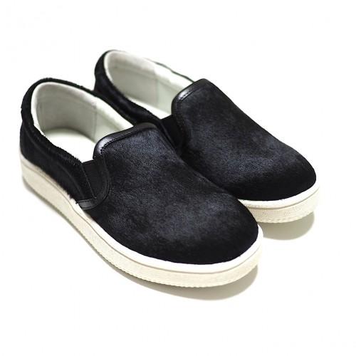 mio notis, black horse leather slip-on sneaker